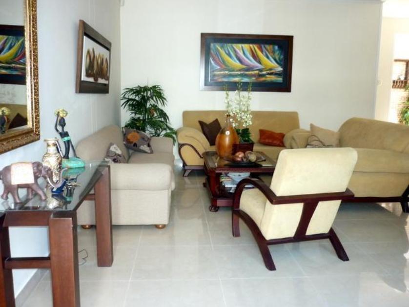 Alta valorizacion, ubicada en el varrio Villa Santos muy cerca del centro comercial Gran Boulevar, Hotel