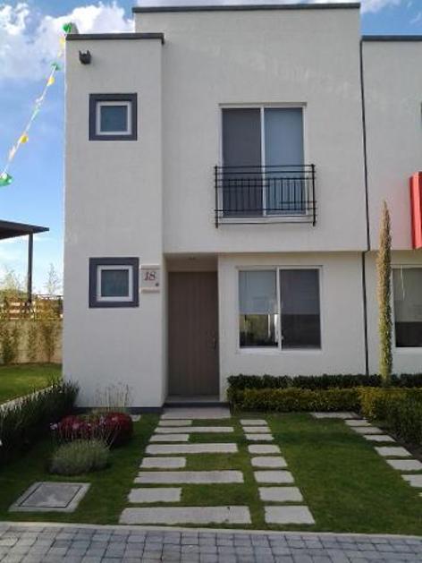 Casas econ micas en venta en san isidro juriquilla for Casa moderna en venta queretaro