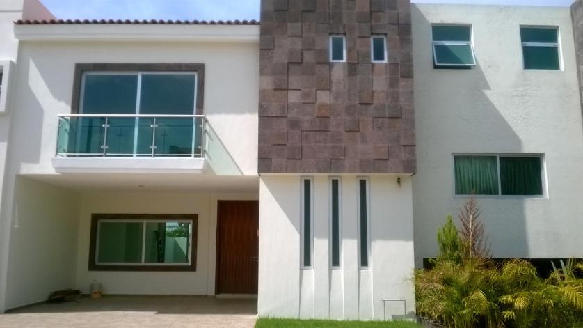 Venta casa en condominio en solares zapopan for Casa moderna zapopan