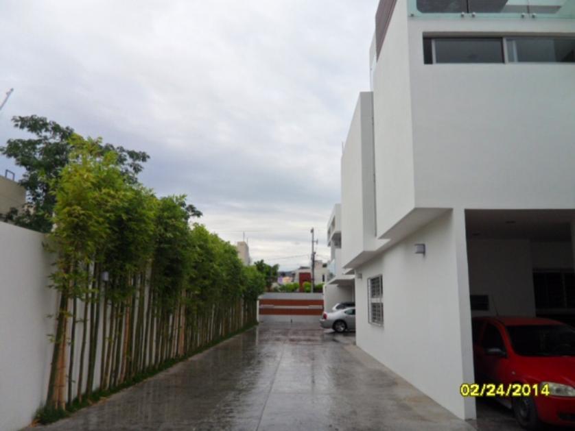 Casa en condominio en Renta Ciudad Del Sol, Zapopan