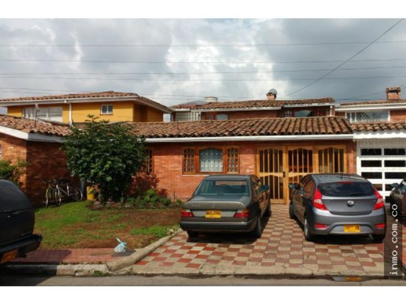 Se Vende Casa en Barrio La Alhambra, Bogotá