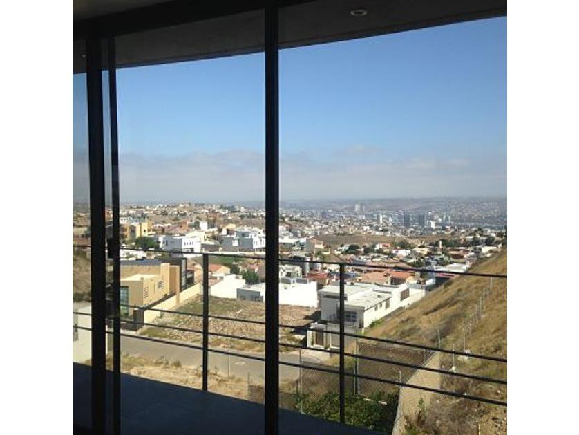 Casa en Venta Ave Sta Isabel, Las Plazas Tijuana, Baja California
