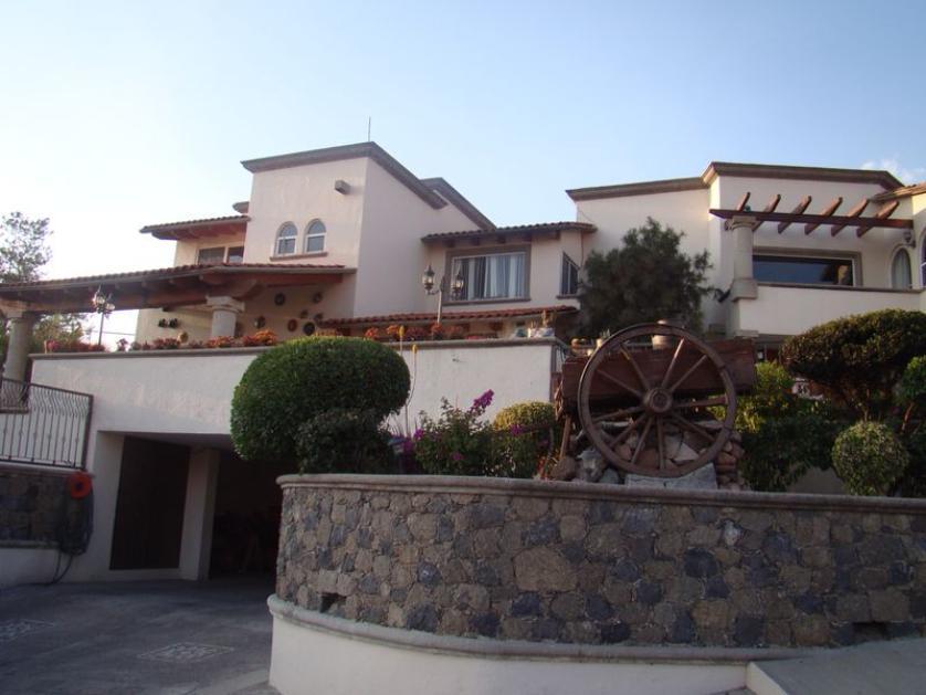 Venta casa en el pedregal de quer taro santiago de for Casa moderna en venta queretaro