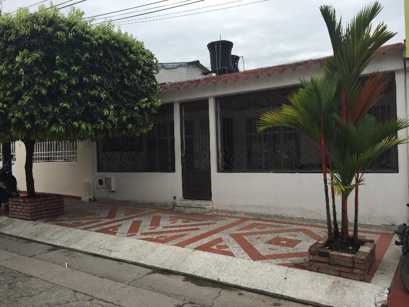 Casa en Venta en A Una Cuadra De Llanocentro, Guatiquia, Villavicencio