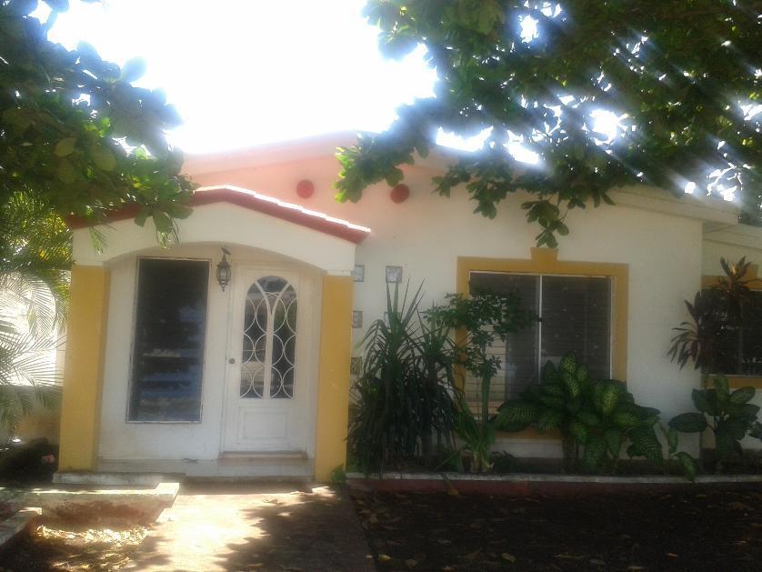 Casa en Renta Calle 39a # 144d Residencial Campestre Del Pedregal, Valladolid, Yucatán
