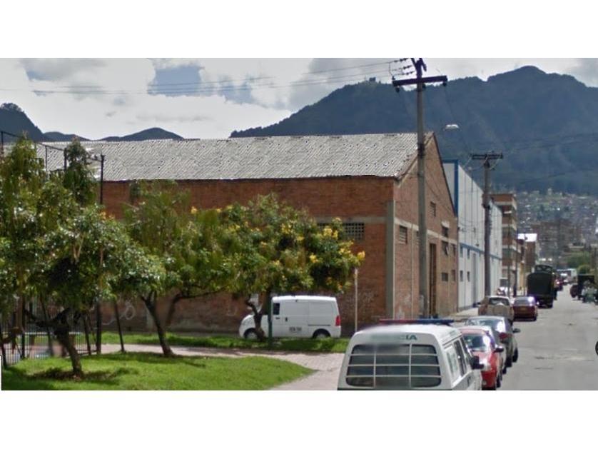 Lote Industrial en Arriendo en Calle 4 B Carrera 20, El Vergel Centro, Bogotá