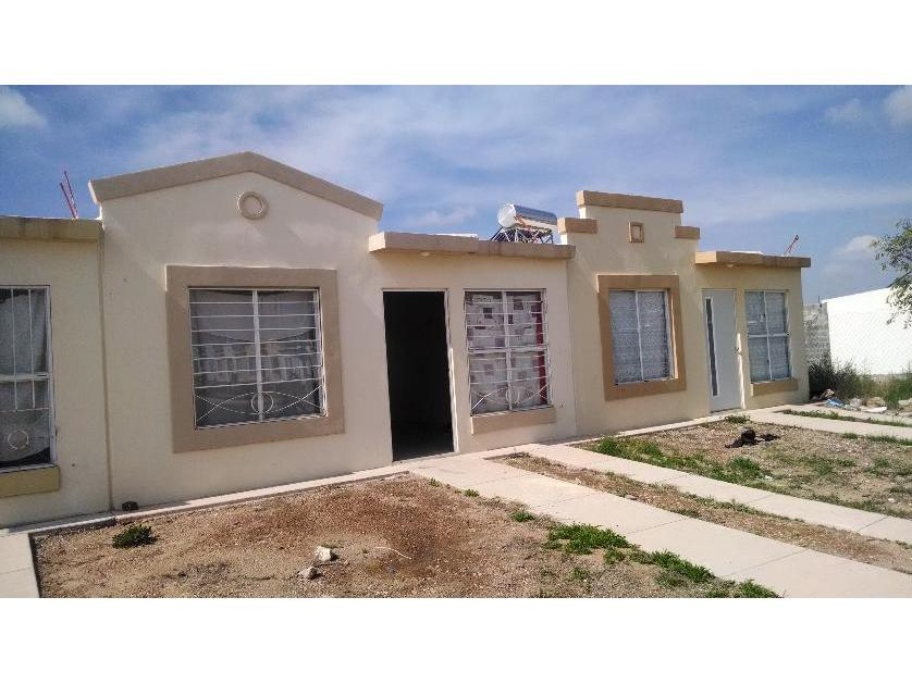 Casa en Venta Av Castilla 203 Urbivilla Del Real, Del Valle, San Luis Potosí