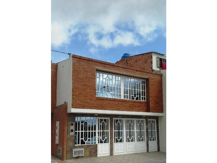 Casa en Venta Calle  3, El Rosal, Cundinamarca