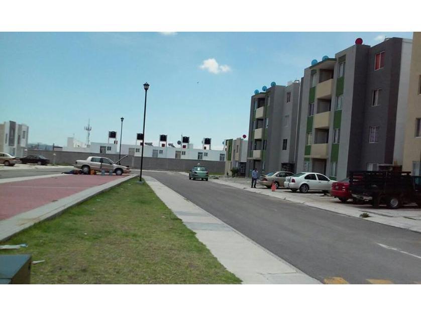Departamento en Venta Loma De Los Olivos 2d, En Monte Caseros 562-g, Fracc Real De La Loma, La Loma, Santiago De Querétaro