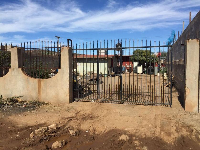 Casa en Venta Calle Gardenias, Col. Flores De Maneadero, Las Flores, Aguascalientes