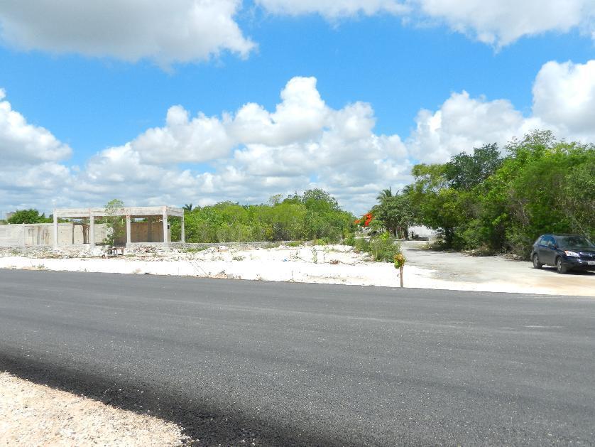 Lote de Terreno en Renta Av Huayacán Col Alamos Ii Cancún Quintana Roo.
