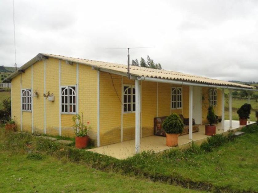 Casa en Venta Frente Al Monumento Al Coleo, Villavicencio, Meta