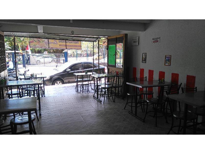 Local Comercial en Venta Calle 24 Frente A La Academia Militar, La Rochela, Villavicencio