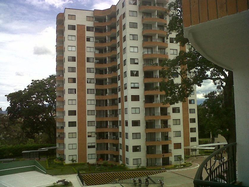 Residencial en Arriendo Avenida Ambalá No. 100-01, Altos De Ambalá, Ibague