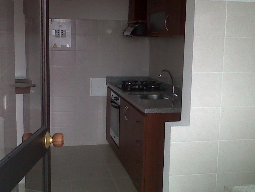 Apartamento en Arriendo Avenida Ambalá No. 100-01, Altos De Ambalá, Ibague