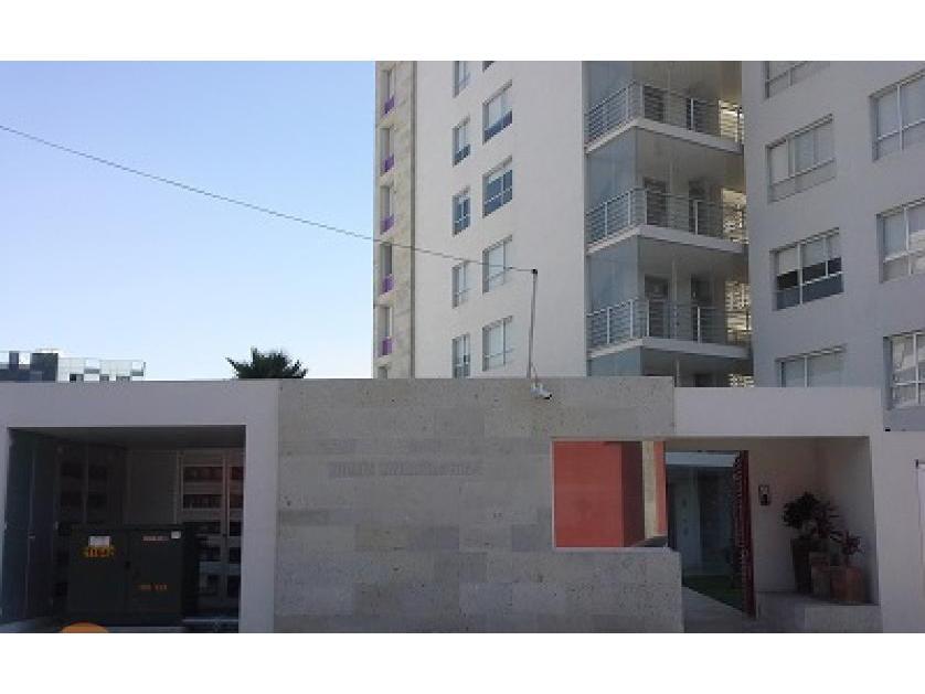 Departamento en Renta Calle Rafael Avila Camacho, Puebla