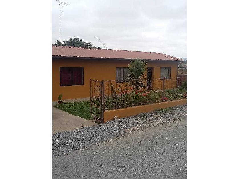Casa en Venta Cerca Av. Eastman, Limache, Quillota