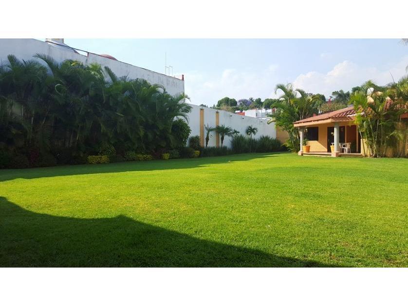 Renta quinta en vista hermosa morelos for Jardin quinta real morelos