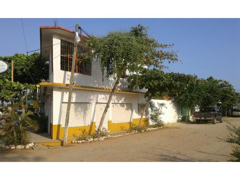 Edificio en Venta Boulevard Oaxaca Num 1021 Centro Sector Juarez, Puerto Escondido, Oaxaca