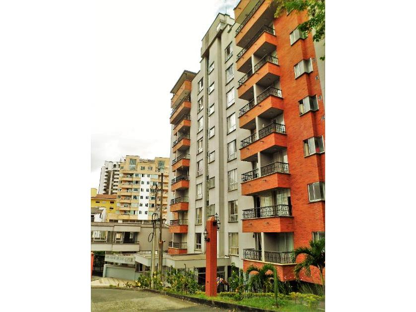 Apartamento en Venta Calle 10 # 15b - 40, Los Alpes, Pereira
