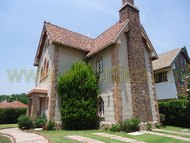 Venta casa en condominio en tequisquiapan centro for Casa moderna en venta queretaro