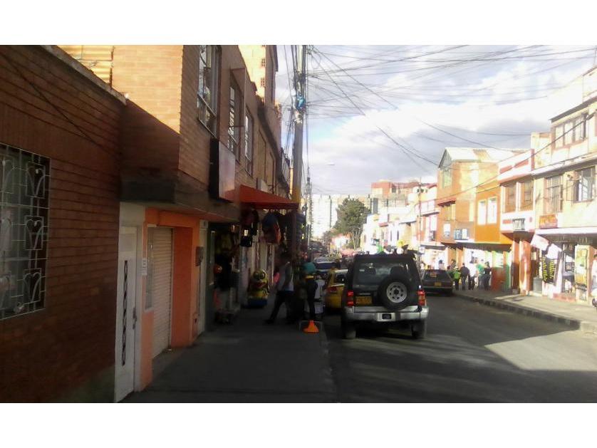 Casa en Venta en Calle 63 A Nro. 72 A 16 Sur, Ismael Perdomo, Bogotá