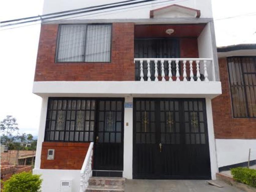 Residencial en Venta Calle 3 Norte #17-10, San Rafael, Fusagasugá