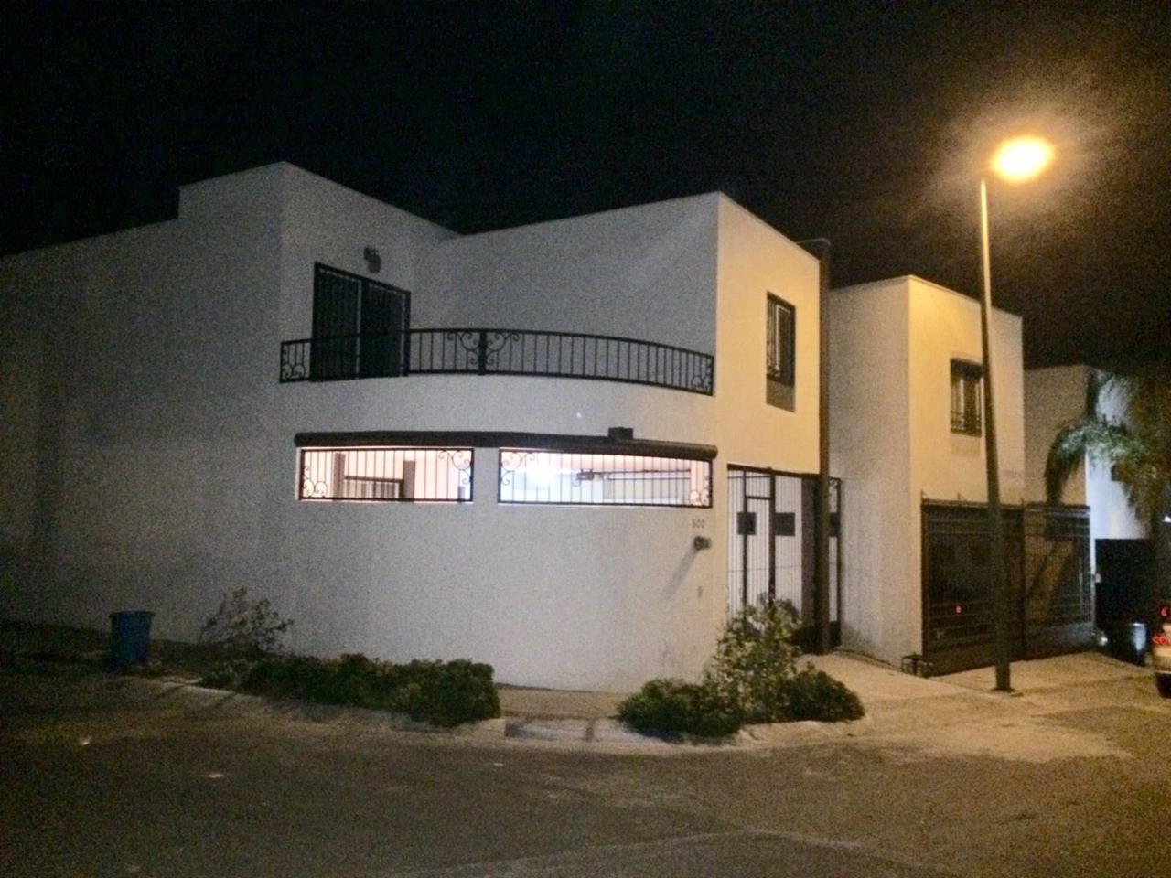 Renta casa en residencial las lomas sector jardines for Residencial casas jardin