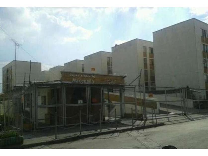 Apartamento en Venta Calle 72c # 5n45 Bl 37 Aptp 101, Los Guadales, Cali