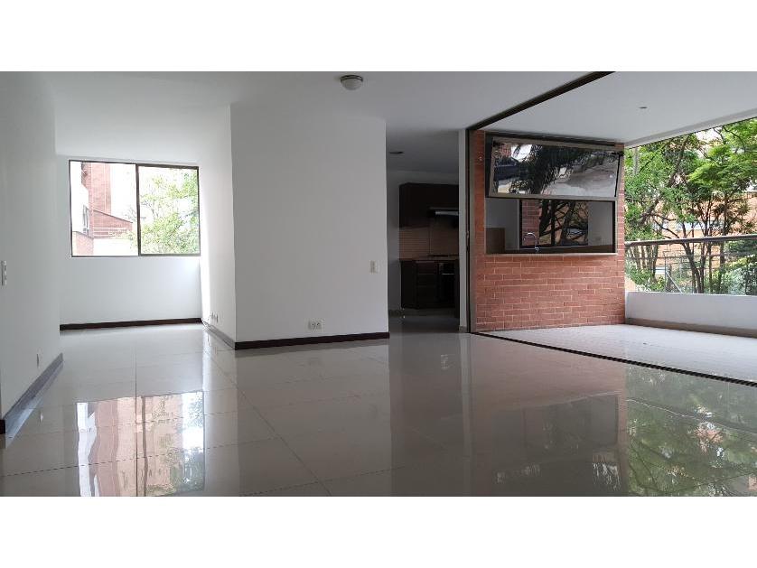 Apartamento en Venta Santa María De Los Ángeles, Medellín