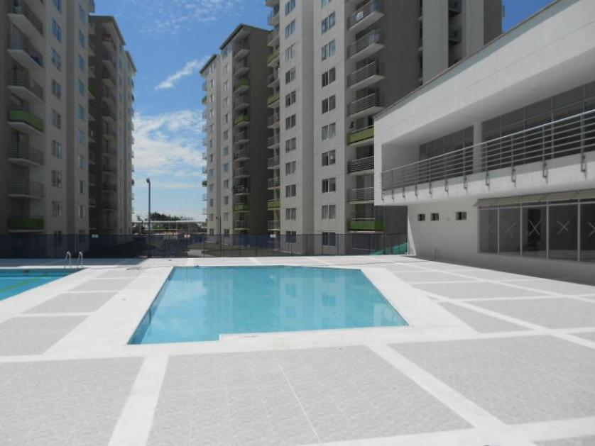 Apartamento en Arriendo en Calle 83 # 2 - 1, Picaleña Y Mirolindo, Ibague
