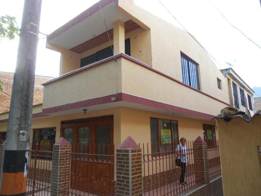 Casa en Venta Carrera 66 # 55 - 3, Urbanización Jordan 8 Etapa, Ibague