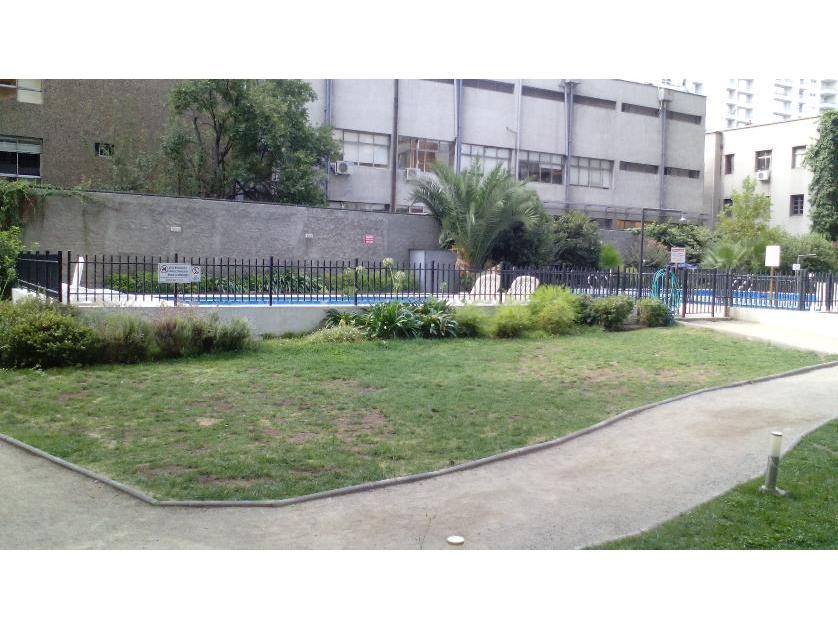 Departamento en Venta Departamento En Av Santa Rosa , Casi Nuevo. (2 Dor - 2 Bañ - 1 Est - 1 Deposito ) A  Una Cuadra Del Metro Santa Lucia. Santiago Centro, Santiago