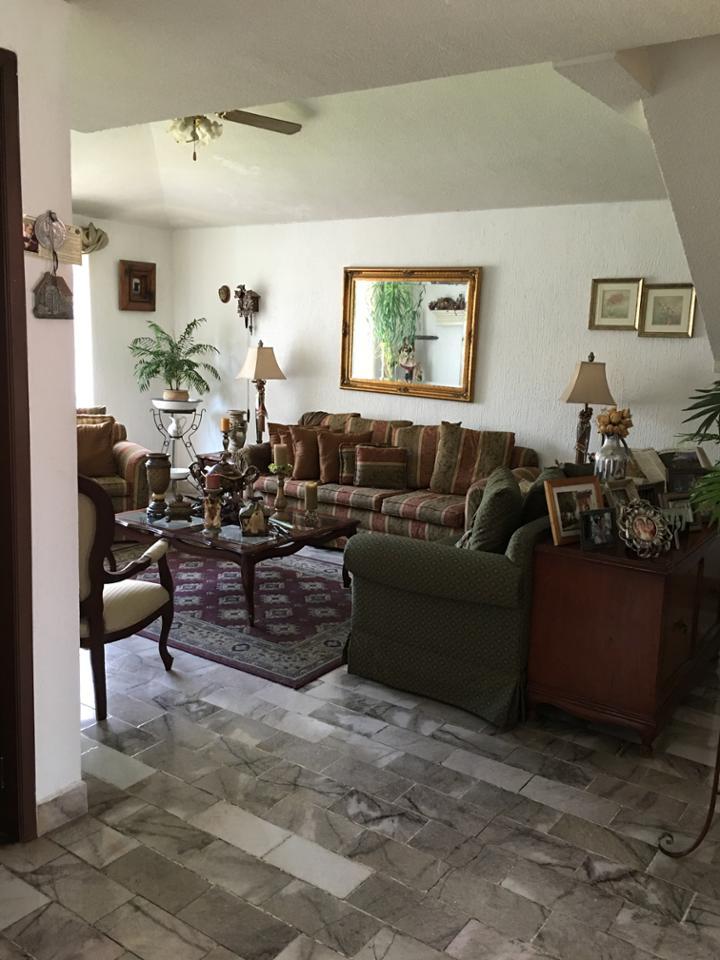 Casa en Renta Carretera México-querétaro, Colinas Del Cimatario, Santiago De Querétaro