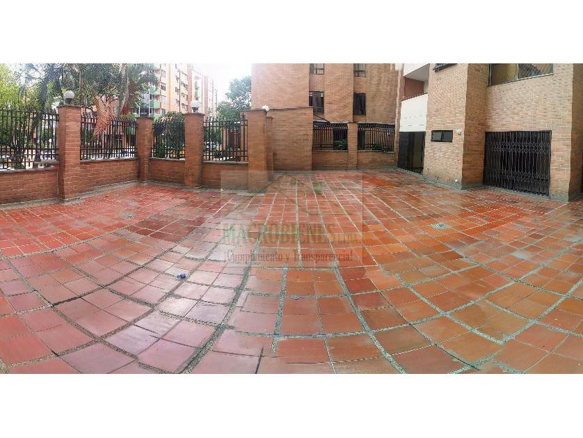 Apartamento en Arriendo Laureles, Medellín