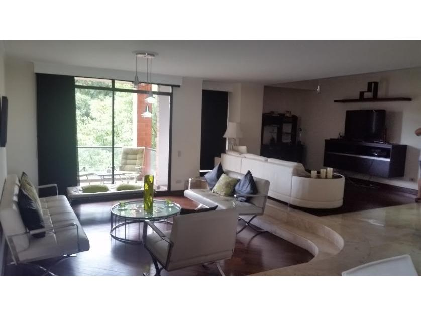Apartamento en Arriendo en Carrera 25 Sur  16b-101, Alejandría, Medellín