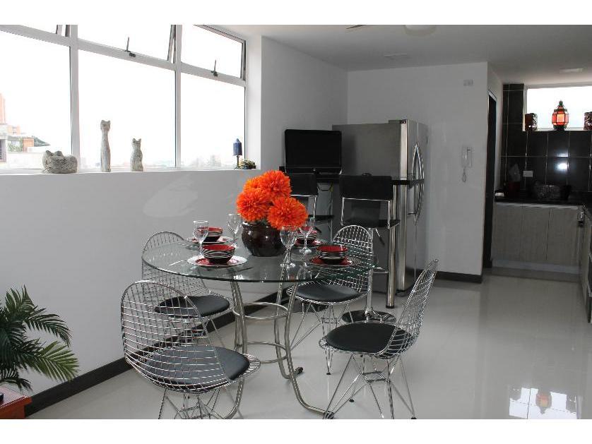 Apartamento en Arriendo en Exito Poblado, Patio Bonito, Medellín