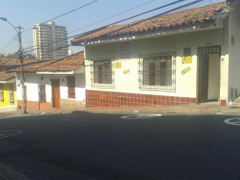 Casa en Venta en Calle 2 # 6-31, San Antonio Comuna 3, Cali