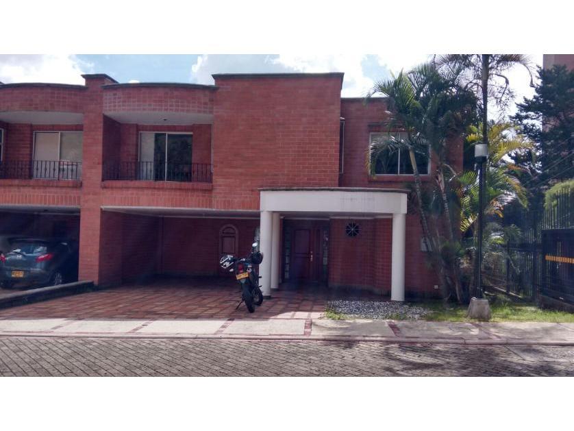 Casa en Venta en Loma Del Tesoro, Medellín