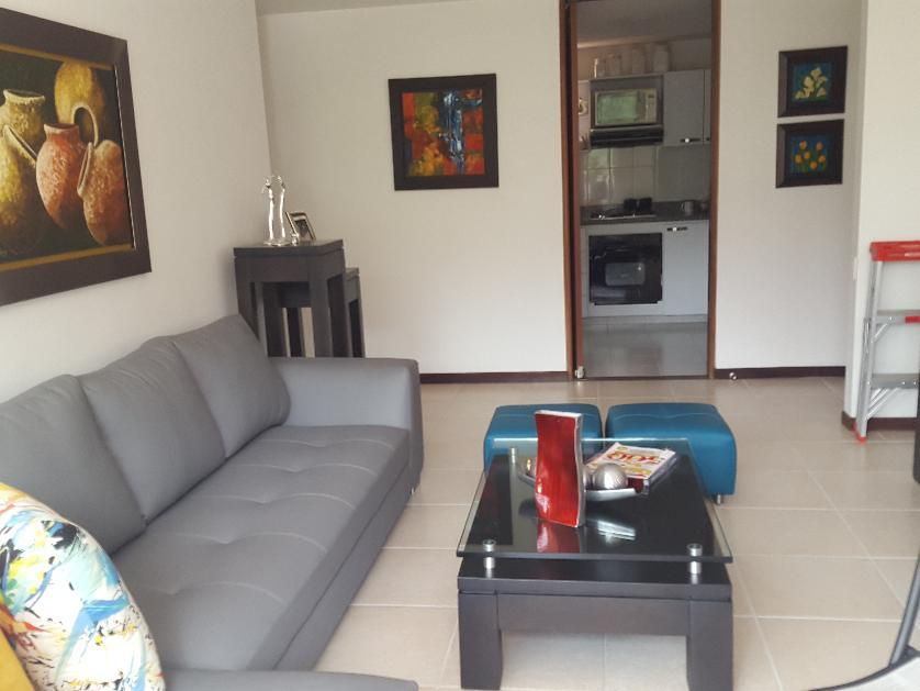 Apartamento en Venta en Calle 17  40, Castropol, Medellín