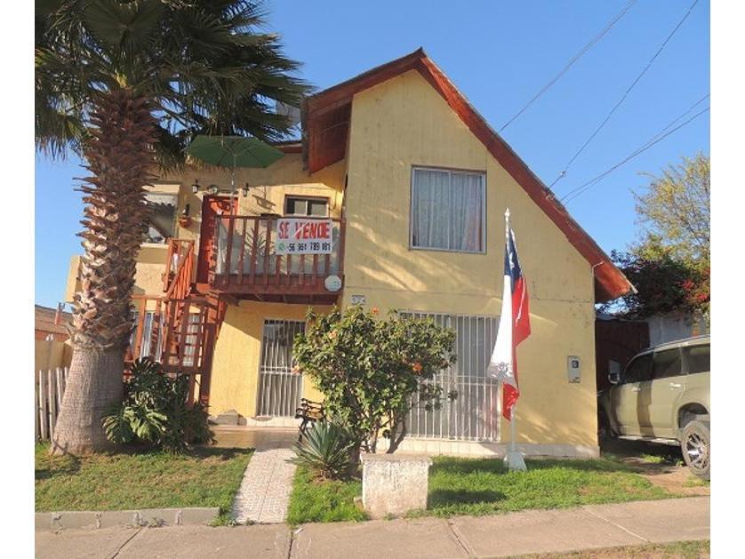 Venta de casa, en calle Las Begonias, La Serena-
