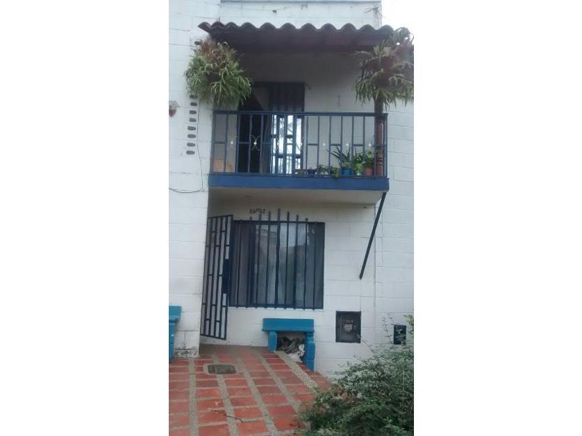 Casa en Venta en Calle 94 Cc N° 64 Ff 47, La Campiña, Medellín