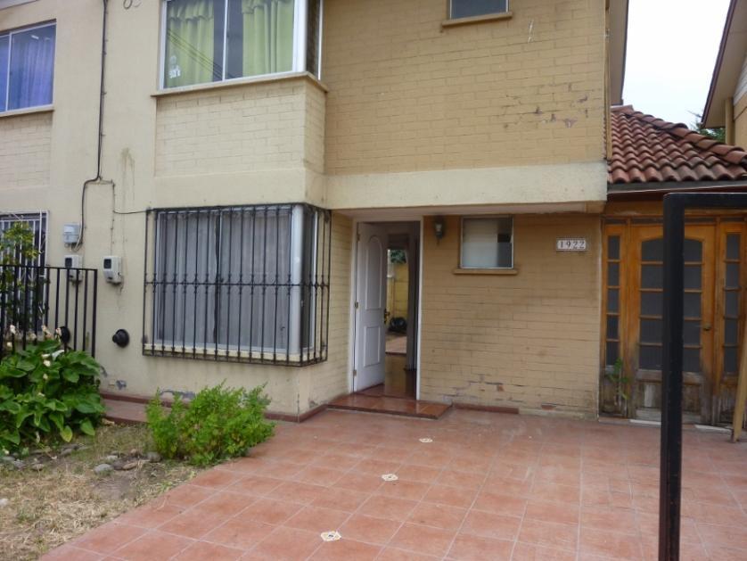 Hermosa Casa 2 pisos con Excelente Ubicación Barrio Residencial Ciudad Satélite