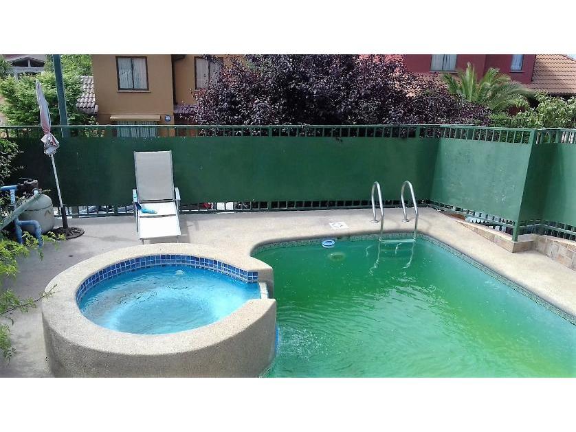 Se vende hermosa casa, piscina, micro-barrio, Ciudad de Los valles