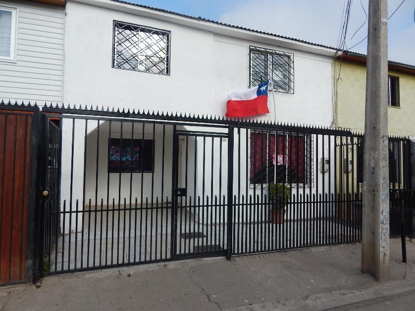 OPORTUNIDAD!! Hermosa Casa como NUEVA 4D, Villa Los Puertos, A Pasos de Metro Laguna Sur, Pudahuel