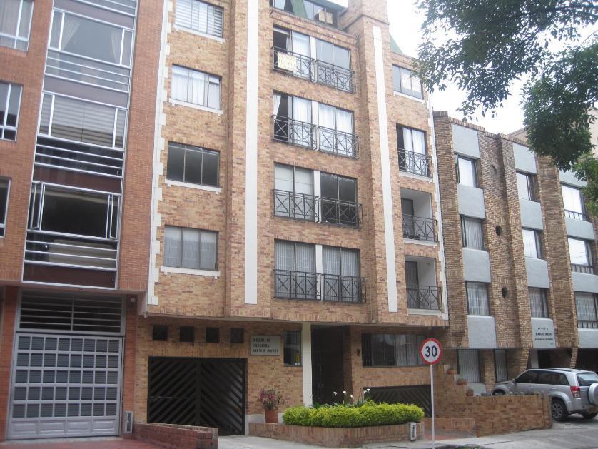 Proyecto en Venta en Carrera 49 # 103-77, Pasadena, Bogotá