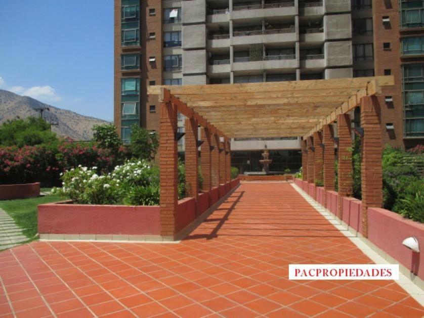 Precioso y amplio departamento en Av Santa Marta a pasos mall plaza Norte