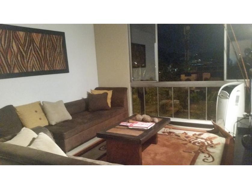 Apartamento en Venta Pacara, Urbanización La Flora, Cali