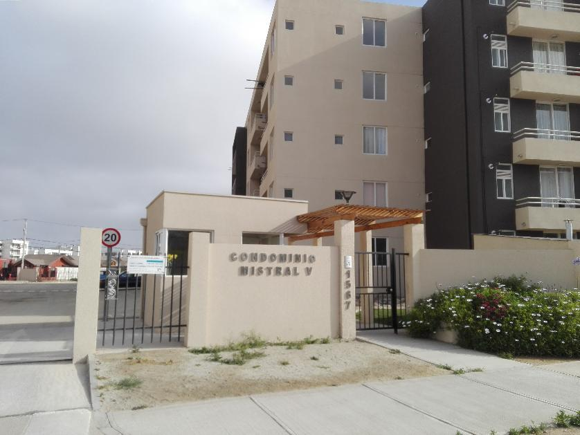 Departamento en Arriendo Avenida Costanera Del Rio N° 1567. Condominio Mistral V, La Serena, Elqui