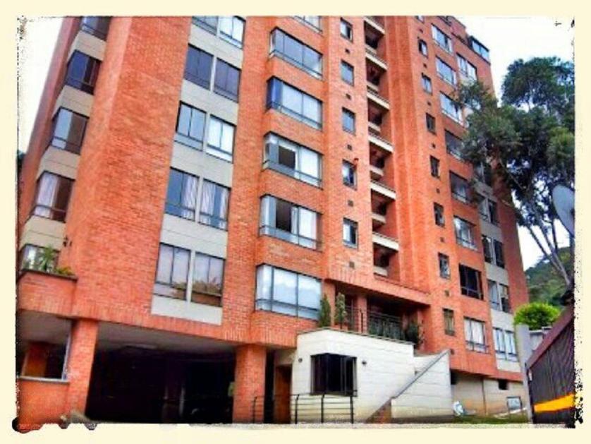 Apartamento en Arriendo Calle 19 # 38 - 66, Castropol, Medellín